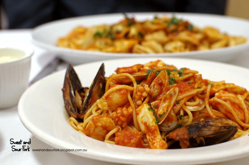 Spaghetti Pescatore ($16.9, entree)