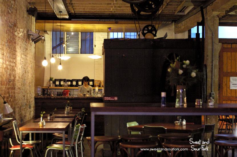 (5) Interior