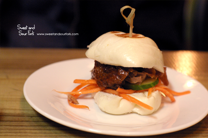 Roast Duck Steamed Burger Bun ($5ea)