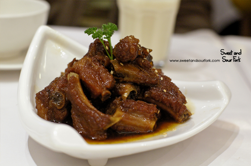 Sweet and Sour Pork Ribs ($18.9)