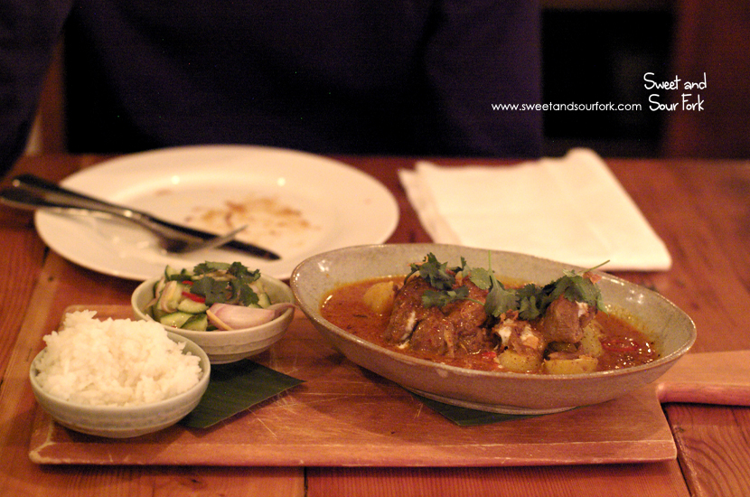 Yellow Curry of Bultarra Lamb Shank ($30)