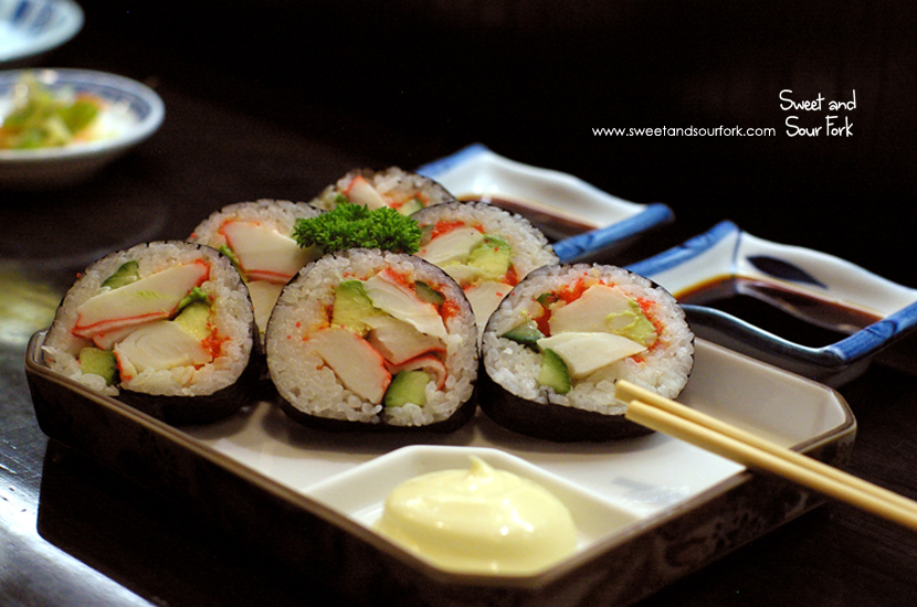 California Roll ($9.5, 6pcs)