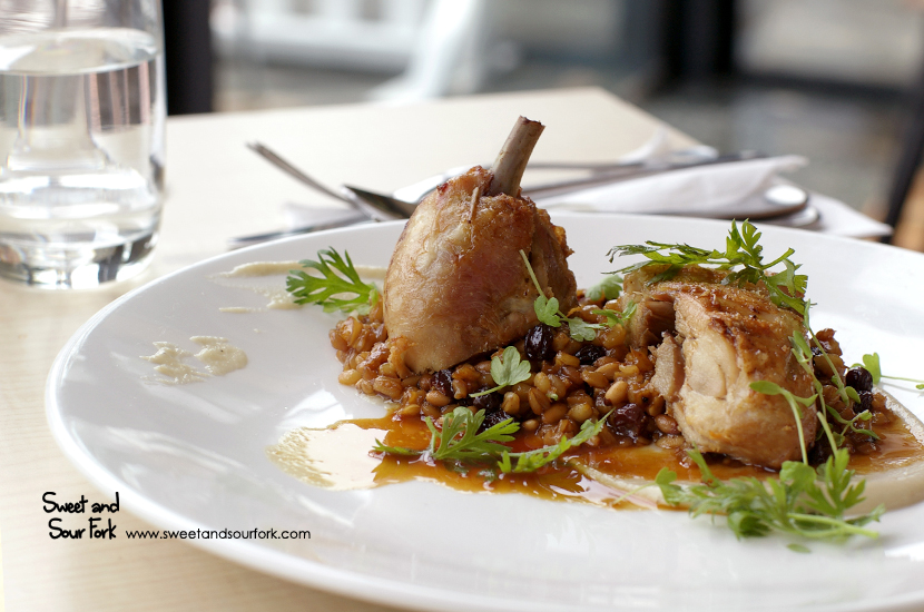 Leg of Corn Fed Chicken, Jerusalem Artichoke, Farro & Guanciale ($33)