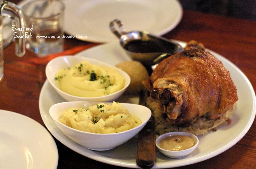 Schweinshax'n ($43.5)