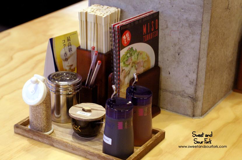 (3) Condiments