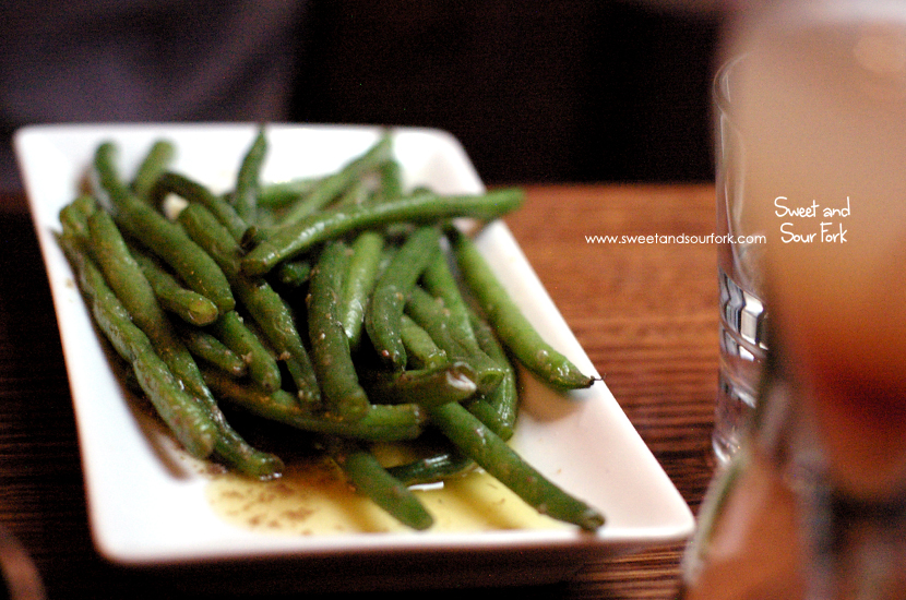 Green Beans, Extra Virgin Olive Oil, Anchovies ($9)