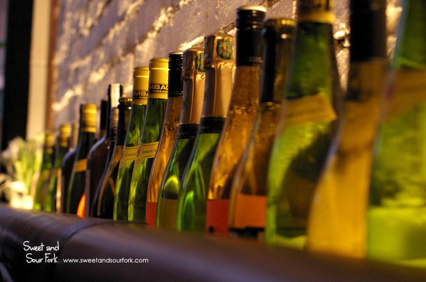 (4) Wine