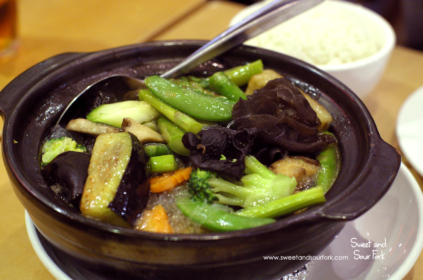 Vegetarian Combination Claypot with Glass Vermicelli ($20.8)