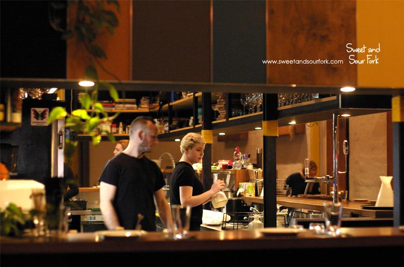 (1) Bar