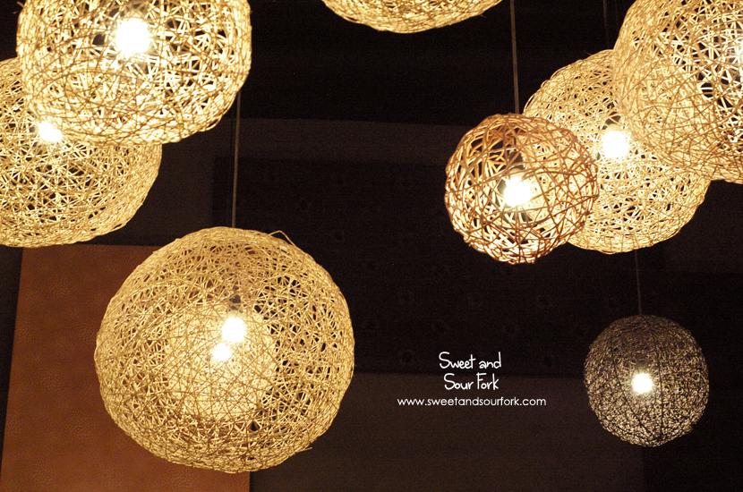 (2) Lights
