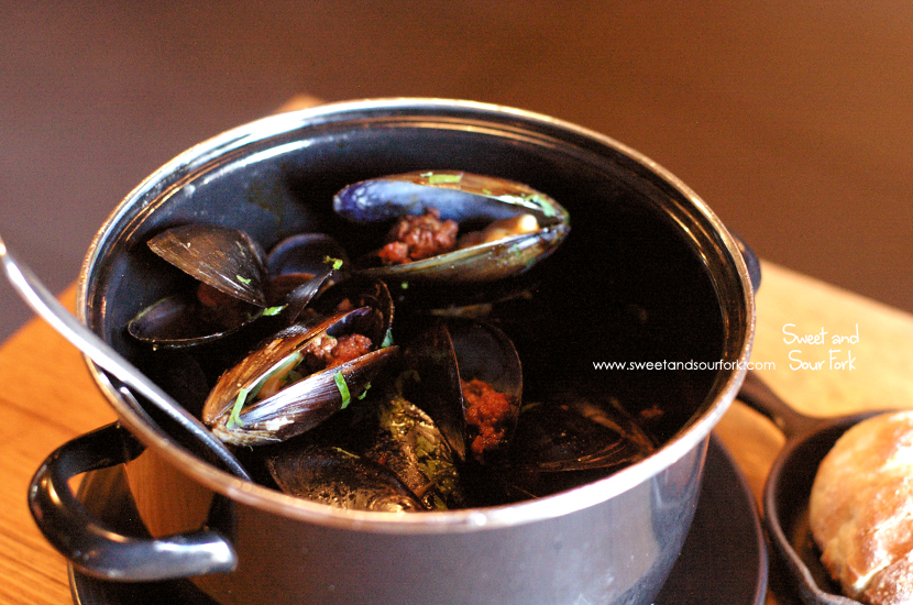 Mussels, Peppers, Olorosso, Sobrasada ($23)