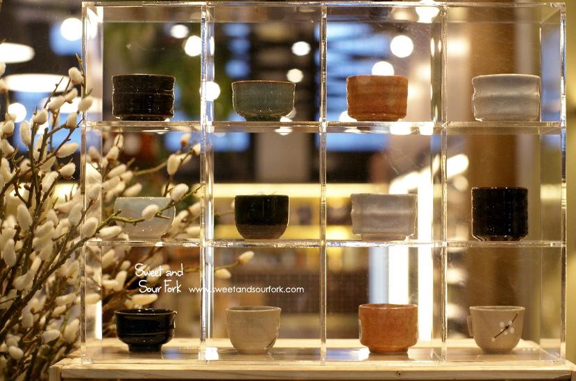 (4) Shop