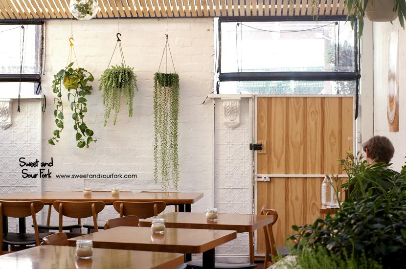 (1) Courtyard