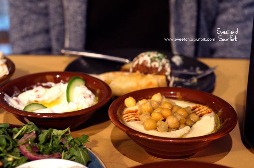 Hummus/Labneh