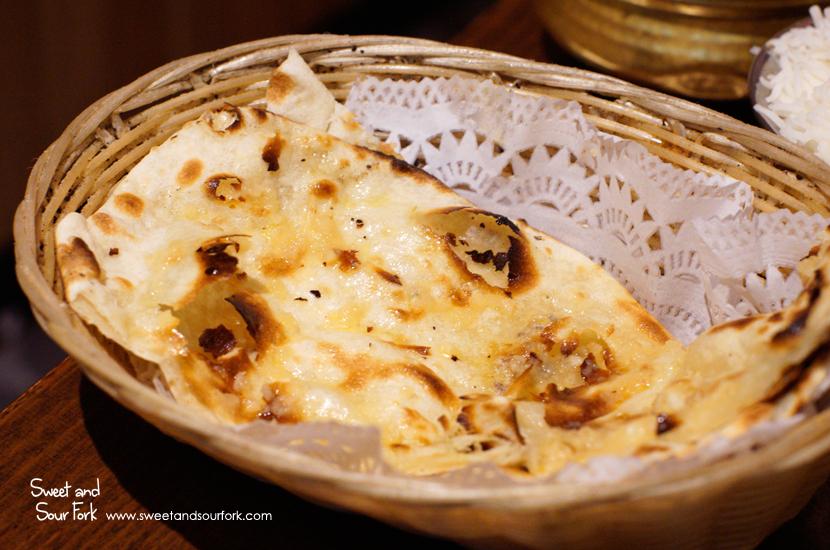 Garlic Naan ($3.5ea)