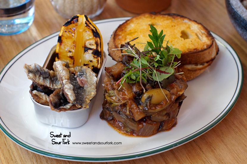 Fried Sardines ($19.5)