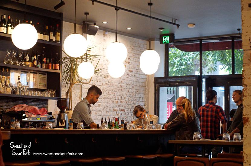 (4) Bar