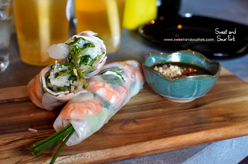 Prawn Rice Paper Rolls ($9.9, 2pcs)