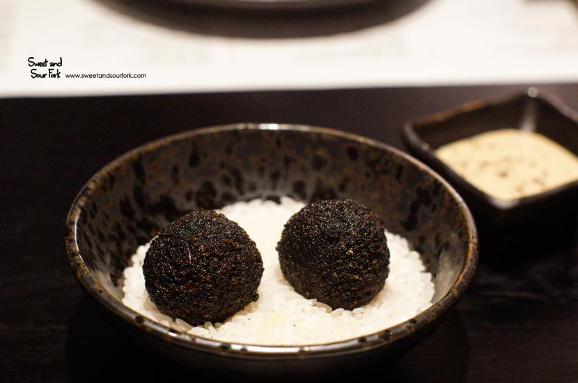 Crispy Wagyu Truffles ($18.5, 2pcs)