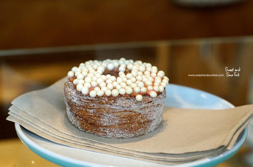 (8) Cronut